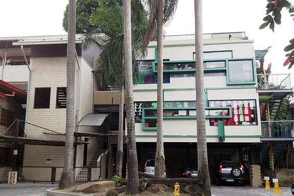 school exterior shot